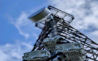 Split-Mount Microwave Radio Solutions